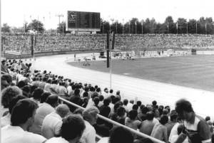 Bundesarchiv_Bild_183-1986-0811-040,_Dresden,_Heinz-Steyer-Stadion